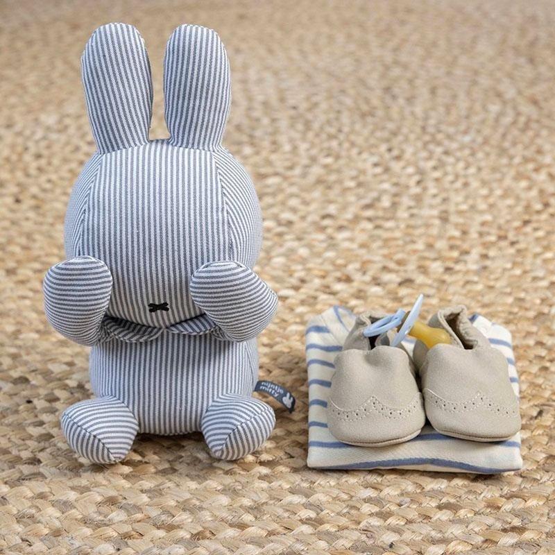 Nijntje Knuffel Baby Kiekeboe - Fun at Sea Gebreid Magnetisch  Kraamcadeau Uni 28 cm - Blauw