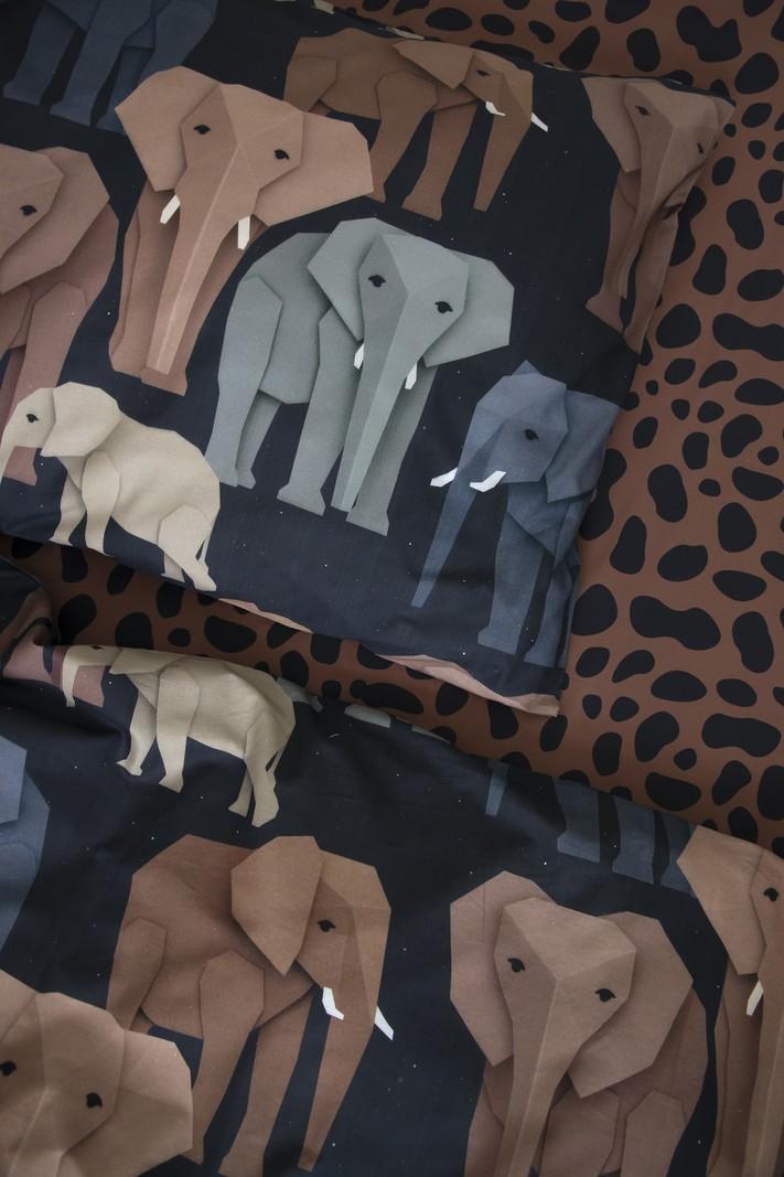 Studio Ditte Olifant 1 Persoons Dekbedovertrek Kinderen 140 x 200 - Dieren / Meisje / Jongen - Bruin