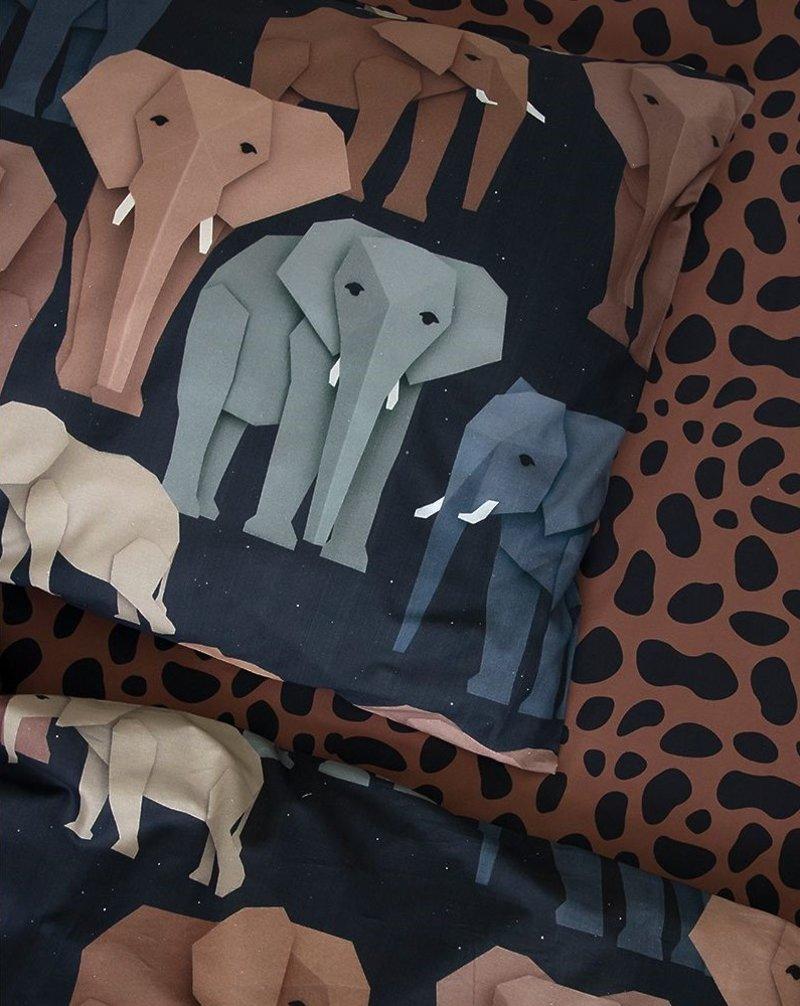 Studio Ditte Jaguar Panter Vlekken 1 Persoons Hoeslaken Kinderen 90 x 200 - Dieren / Meisje / Jongen - Roestbruin