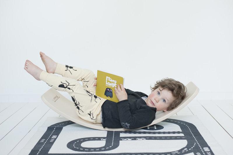 Wobbel Starter Baby Mouse Lichtgrijs Gelakt - Hout Met Vilt - Balance Board 70 centimeter - 0 tot 3 jaar