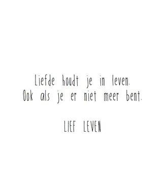 Lief Leven wenskaart Liefde houdt je in leven