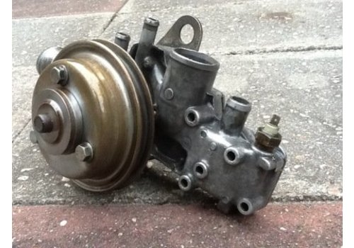 Water pump B14 engine 3344250-0 used Volvo 340