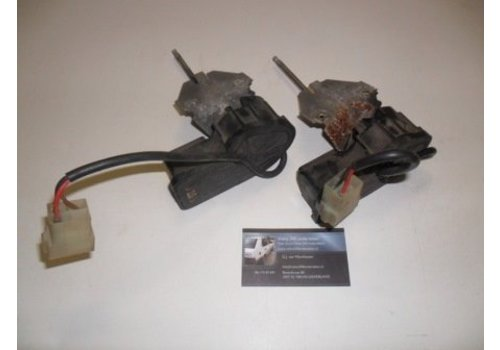 Headlight wiper motor L / R 3210779/3210780 used Volvo 340, 360