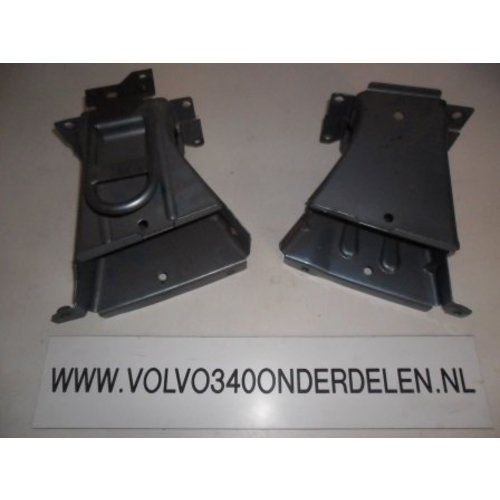 Bumper bracket front L / R 3287103/3287104 new before CH. 120999 Volvo 340, 360
