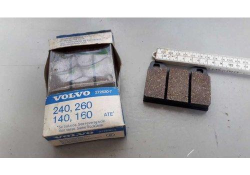 Remblokset voorwiel 272530-7 NIEUW Volvo 140, 160, 240, 260