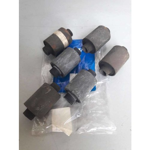 Rubber bushing at rear axle suspension 1229715 NEW Volvo 200, 700, 900 series
