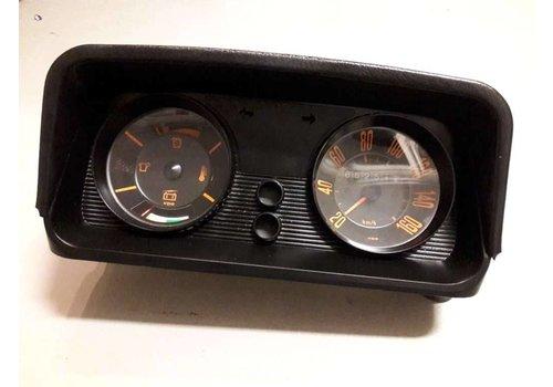 Clock set 3102656-0 used Volvo 66