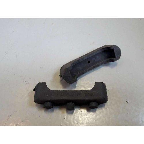 Rubber voor bevestiging radiateur 463304 NIEUW Volvo 200, 700, 900-serie