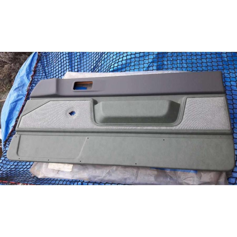 Deurbekleding voorportier RH Groen tweed venyl 3210424 3-drs NIEUW Volvo 340, 360