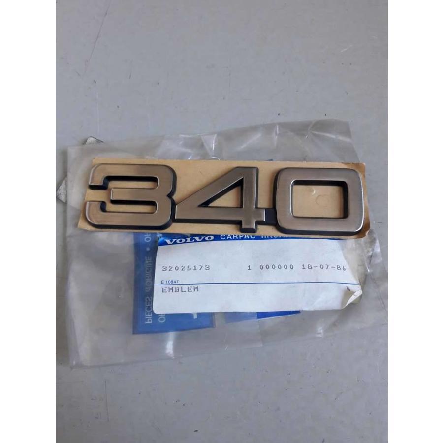 Embleem '340' 3202517 tot CH.120999 NIEUW Volvo 340