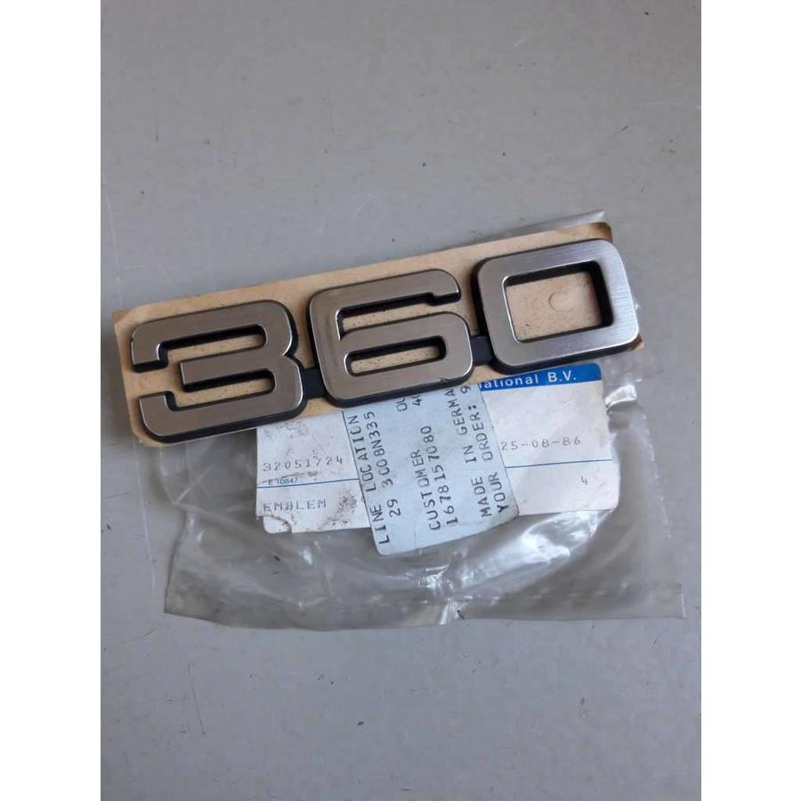 Emblem '360' to CH.120999 3205172 NEW Volvo 360