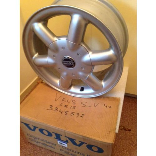 "Wheel 6J x 15 ""Arctures 3345592 NEW Volvo S40, V40"