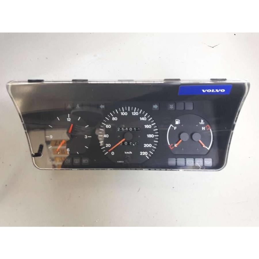 Clock set 88481637 uses Volvo 440, 460