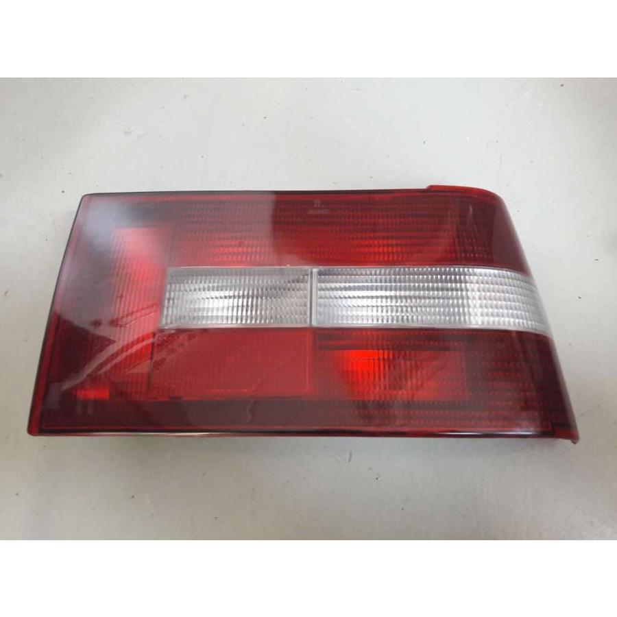 AchterlichtLH/RH 293801/293802 gebruikt Volvo 440, 460