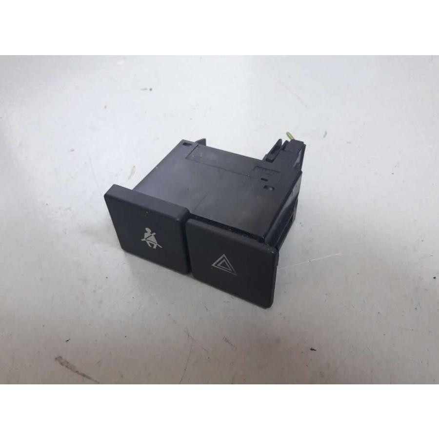 switches center console 462725 lh used volvo 440, 460 - volvo 340