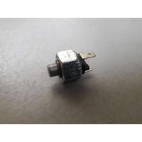 Brake light switch 892365/3101749 uses Volvo 66