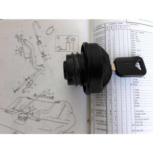 Fuel cap lockable 3470316-5 / 3343413-5 used Volvo 440, 460