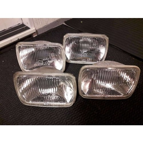 Headlight spotlight H4 3411074 uses Volvo 480
