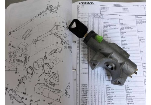 Ignition lock with key and housing 3433176 used Volvo 400 series