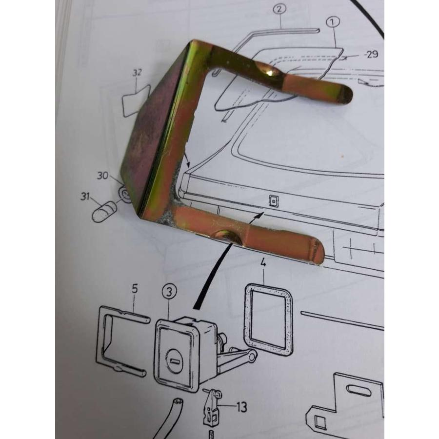 Clip trunk lock tailgate 3445213-6 used Volvo 440, 460