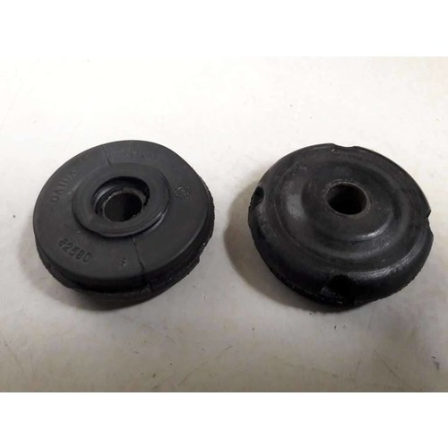 Rubber with bus 3210977 NEW Volvo 300 series