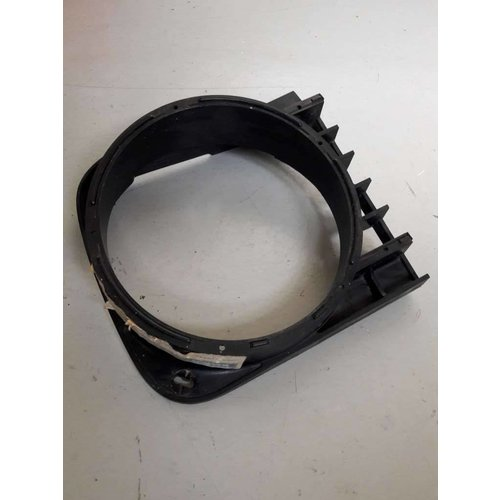 Grille koplamphuis frame LH/RH 3100536/3100537 gebruikt Volvo 66