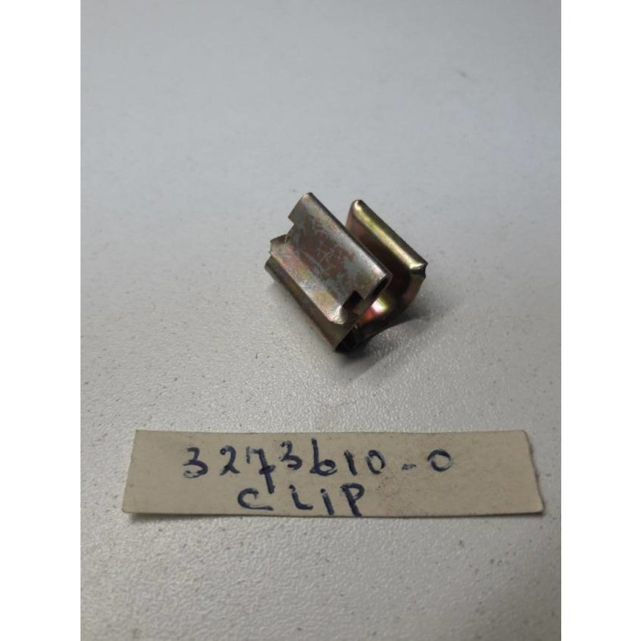 Clamp for bev. venting hose at tank D16 engine 3273610 NEW Volvo 340