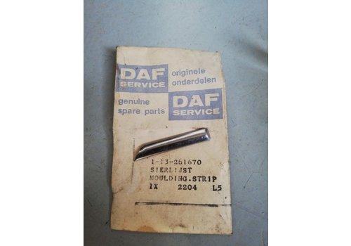 Trim strip grille headlight trim 3104313 NOS DAF, Volvo 66