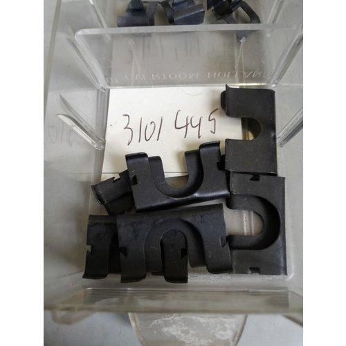 Spring clip grille 3101445 NOS DAF 44