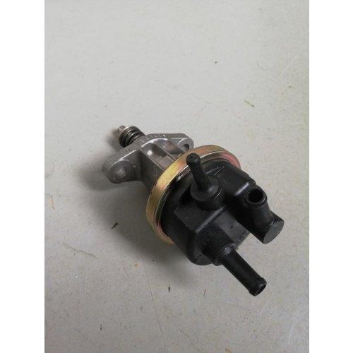 Mechanical fuel pump 3344254 used Volvo 300, 400 series