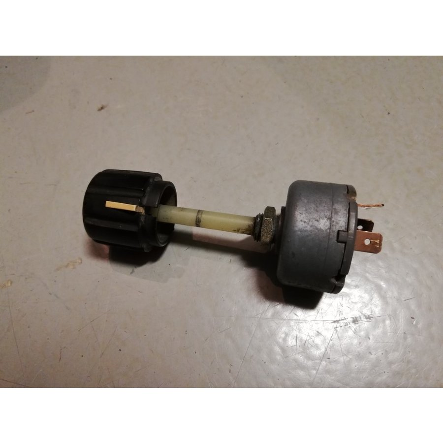 Belt check switch 290480 used Volvo 240, 260 - Copy