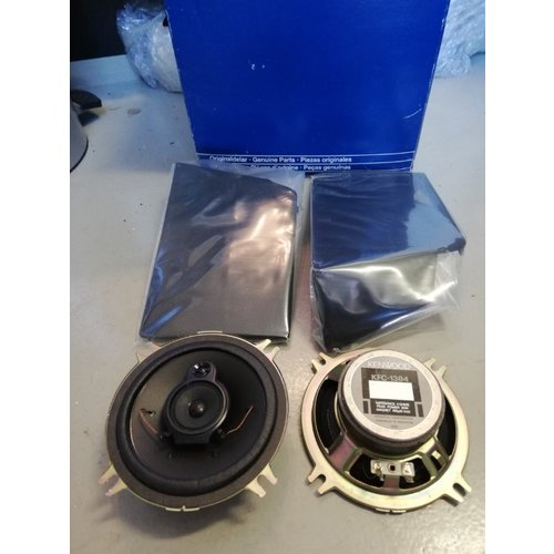 Speakerset origineel voorportieren radio  9128140 NOS Volvo 850