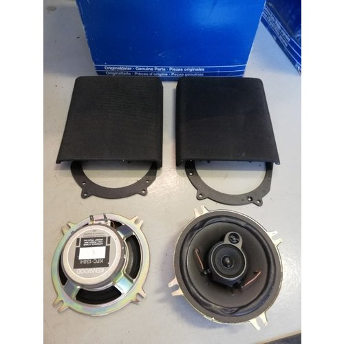 Speakerset original for radio  9128125 NOS Volvo 850