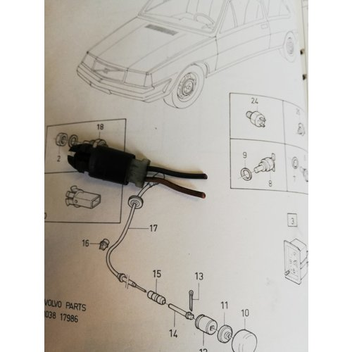 Temperature sensor 3208409-7 uses Volvo 340, 360