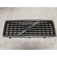Radiator grille 1247271 uses Volvo 240, 260