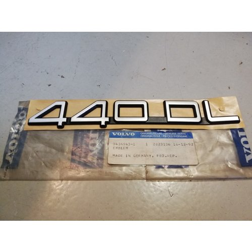 Embleem 3434943 NOS Volvo 400-serie