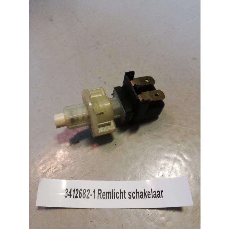 Brake light switch on brake pedal 3412682-1 used Volvo 440, 460