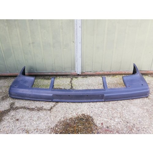 Front bumper 1369626 NEW around 1992 Volvo 740