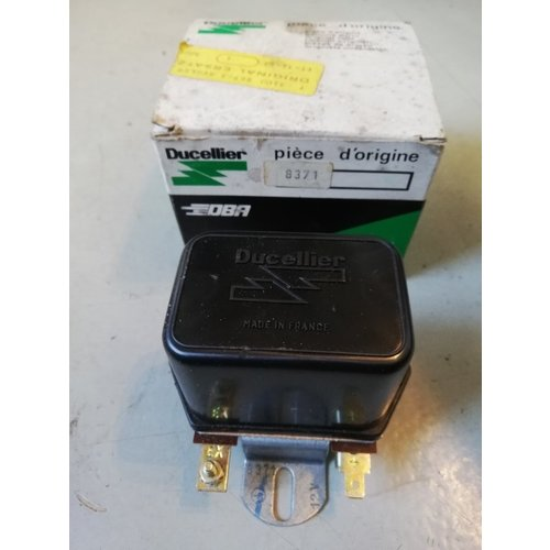 Ducelier voltage regulator 3100967-3 NOS Volvo 66