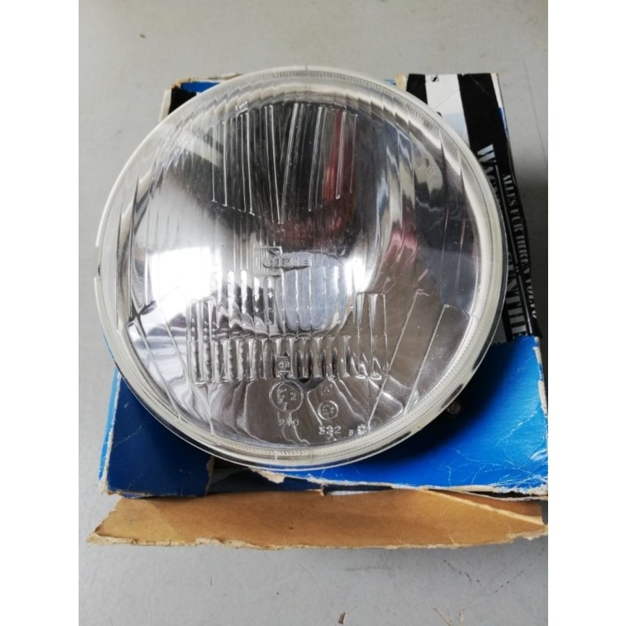 Headlight LH / RH 3100543 NOS Volvo 66