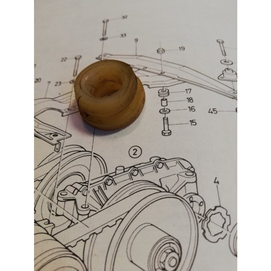 Mounting rubber, mounting rubber CVT transmission 3292357-5 used Volvo 343, 345, 340
