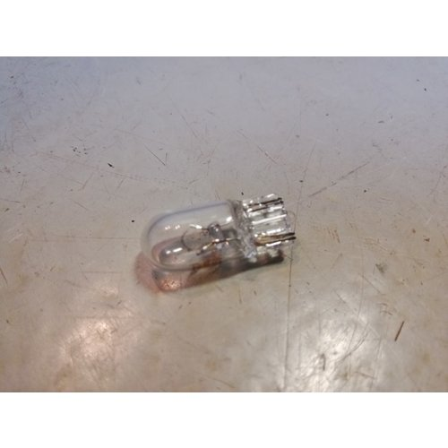 Bulb 12V 5W 942571 NEW Volvo 66, 200, 300, 400, 700, 800, 900 series