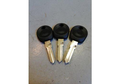 Set of blank keys, uncut Volvo 300 series