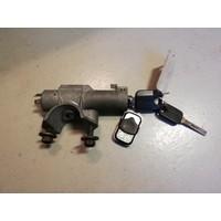 Contactslot met sleutel en behuizing met 2 sleutels 3416991-2 gebruikt Volvo 480