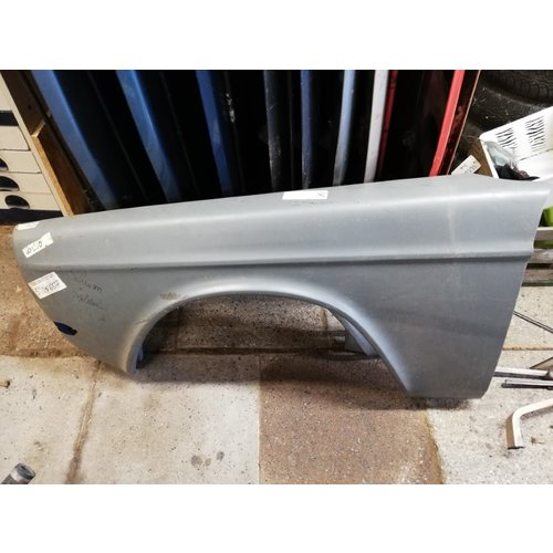 Front wing mudguard LH 1382263 NEW Volvo 140, 142, 144, 145