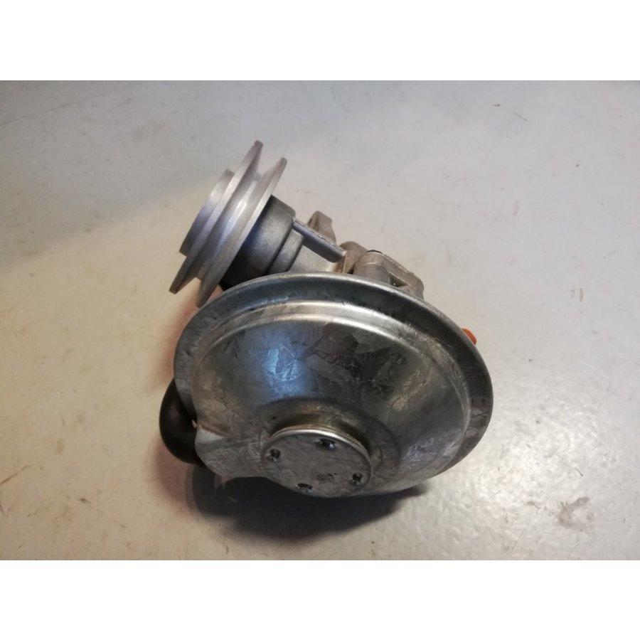 Vacuum pump D16 engine 3344273 NEW Volvo 340