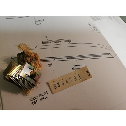Clip parcel shelf grille 3344791 NOS Volvo 440, 460