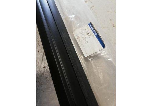 Trim strip moulding under window rear door LH 4/5 doors 1392021 NEW Volvo 740, 760