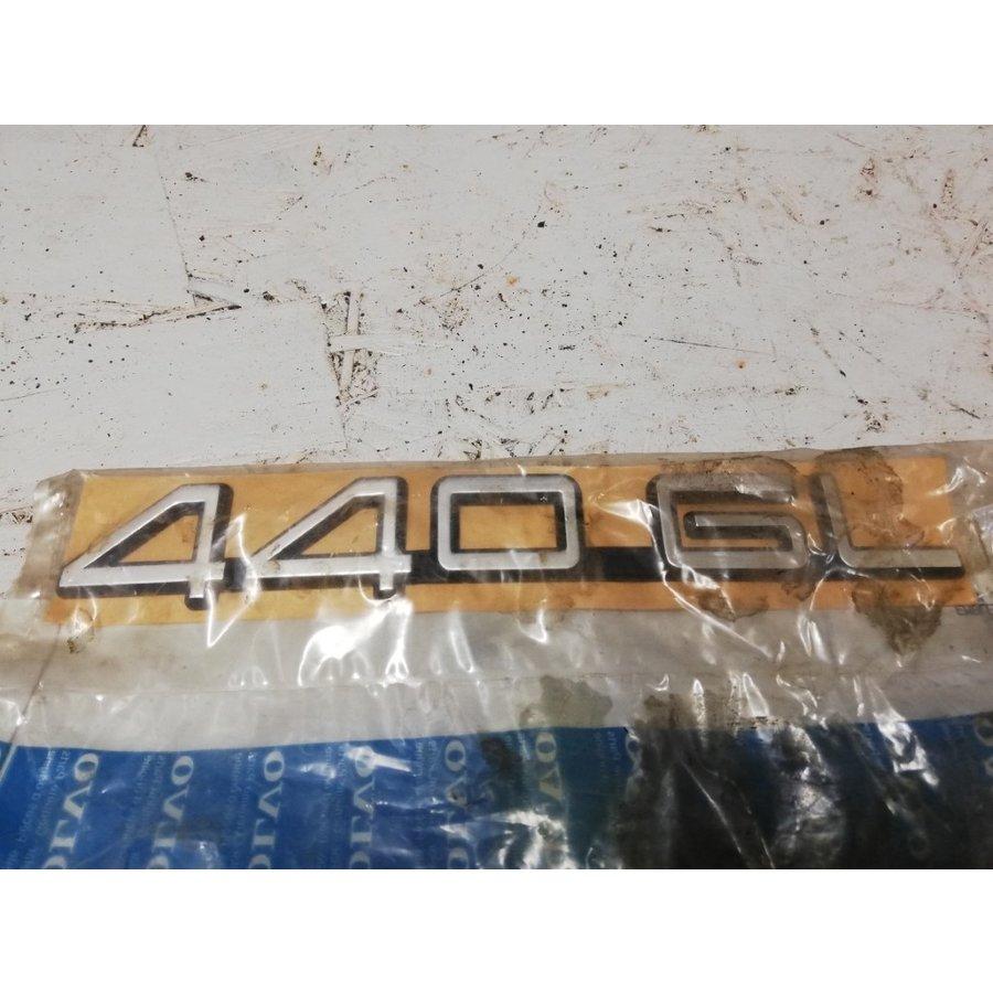 Embleem '440GL' 3434944 NOS Volvo 440