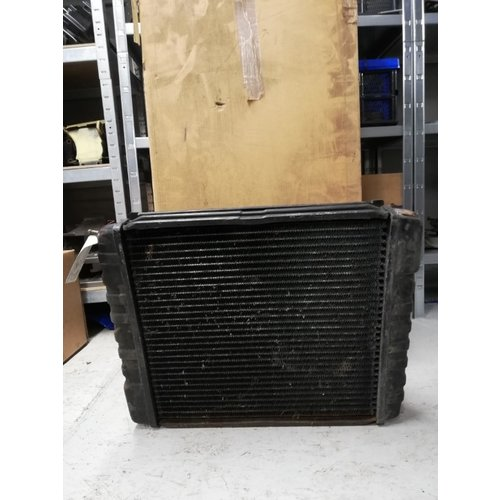 Radiator B200 / B230 engine 8603894 used Volvo 240, 740, 760, 940, 940SE, 960